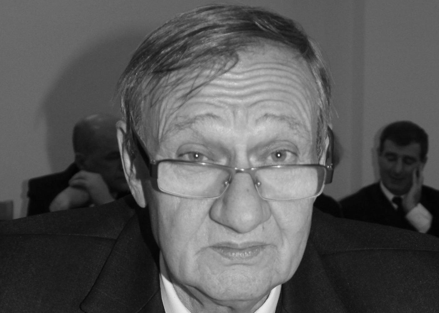 Odszedł radny Stefan Parafiniuk  - Zdjęcie główne