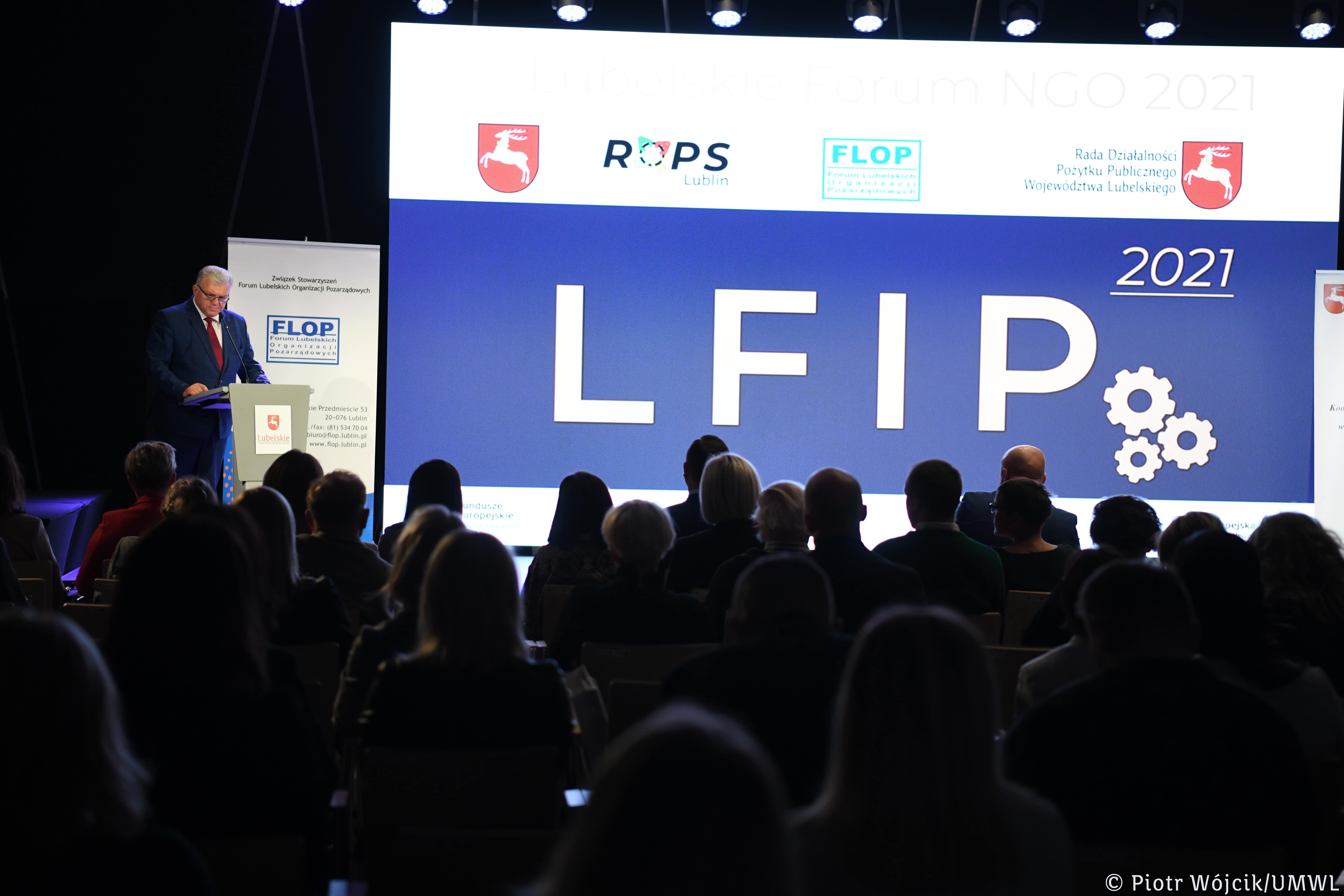 Lublin: VIII Lubelskie Forum NGO 2021. Nagrodzono organizacje pozarządowe i działaczy - Zdjęcie główne