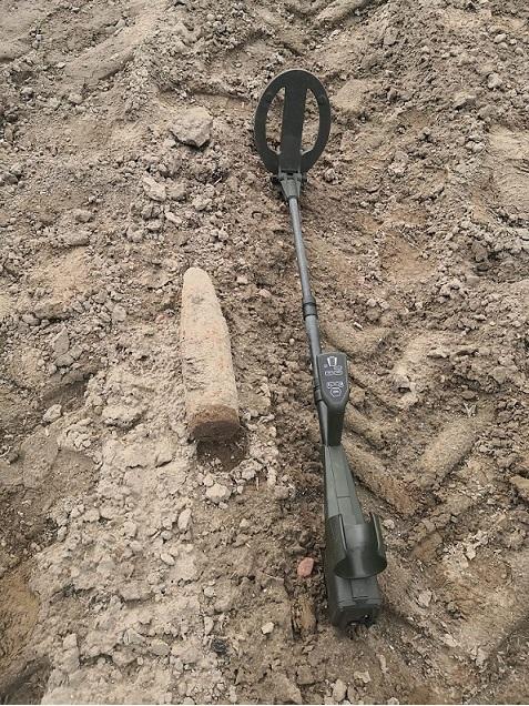 Powiat bialski: Kolejny niewybuch znaleziony podczas prac polowych - Zdjęcie główne