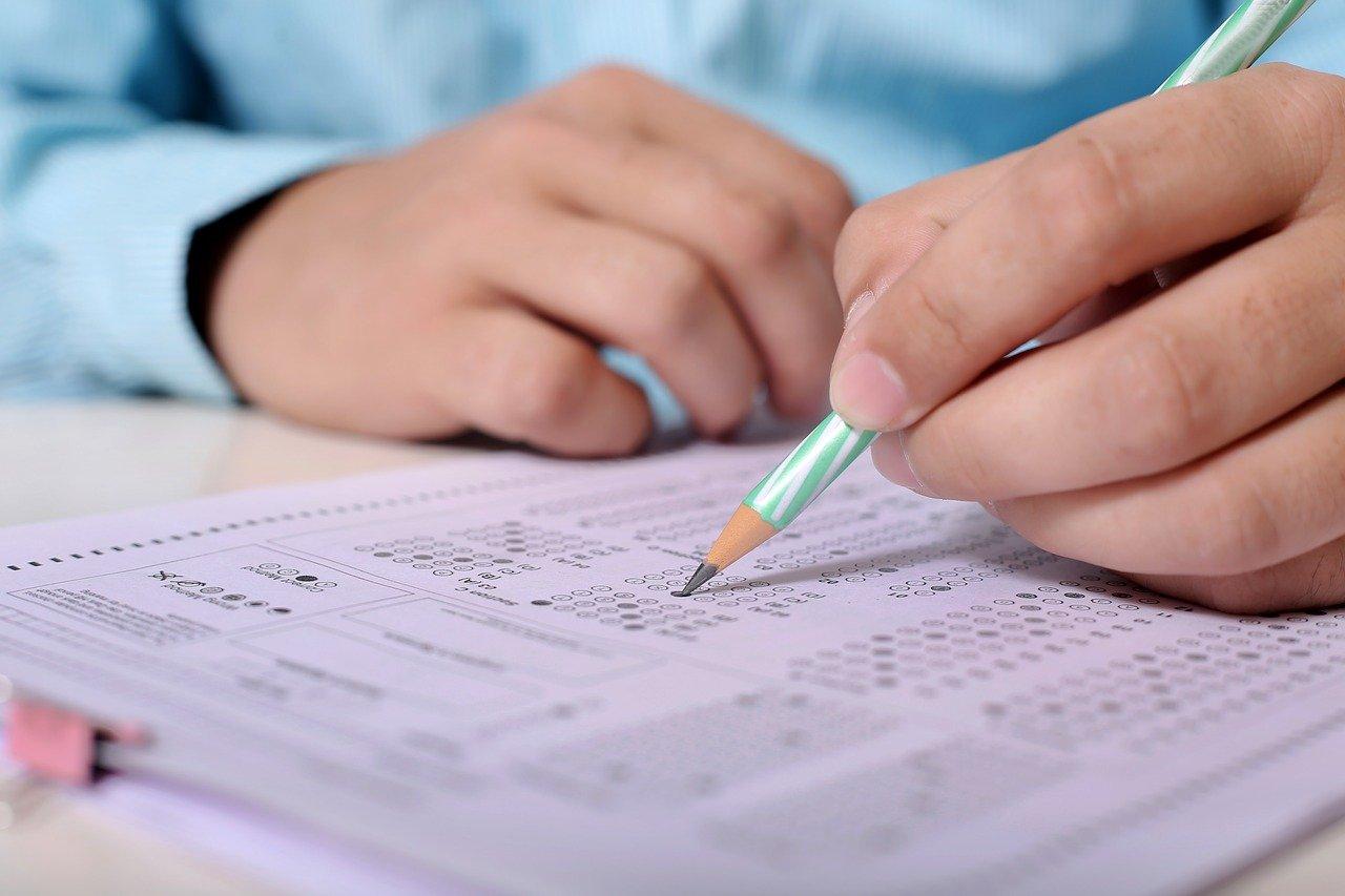 Znamy wyniki egzaminów maturalnych. Jak wygląda zdawalność w naszym powiecie? - Zdjęcie główne