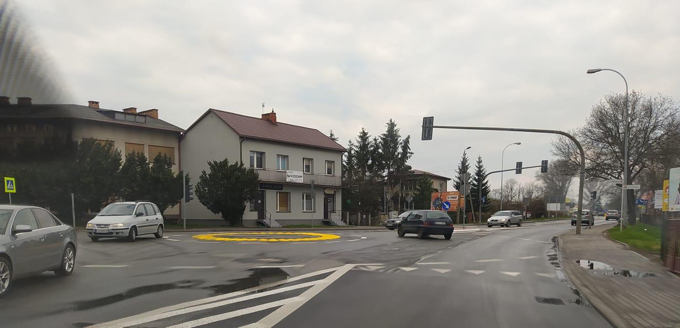 Nowe rondo powstało na skrzyżowaniu Witoroskiej z Łomaską - Zdjęcie główne