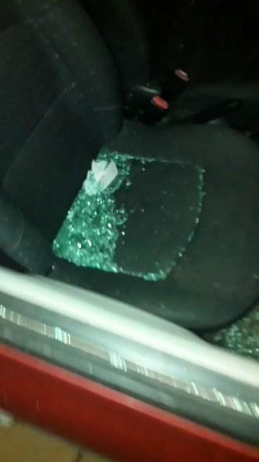 Uszkodził samochód, bo kierowca nie chciał go podwieźć - Zdjęcie główne