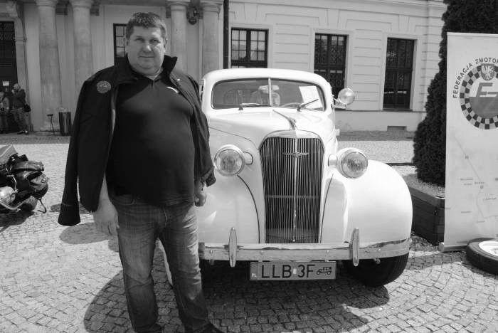 Pogrzeb Roberta Piętki w czwartek w Lubartowie. Pożegna Go kawalkada zabytkowych pojazdów - Zdjęcie główne