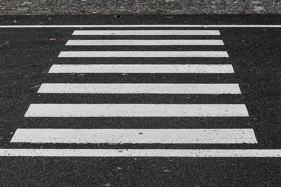 Lubartów: Potrącenie pieszego na przejściu - Zdjęcie główne