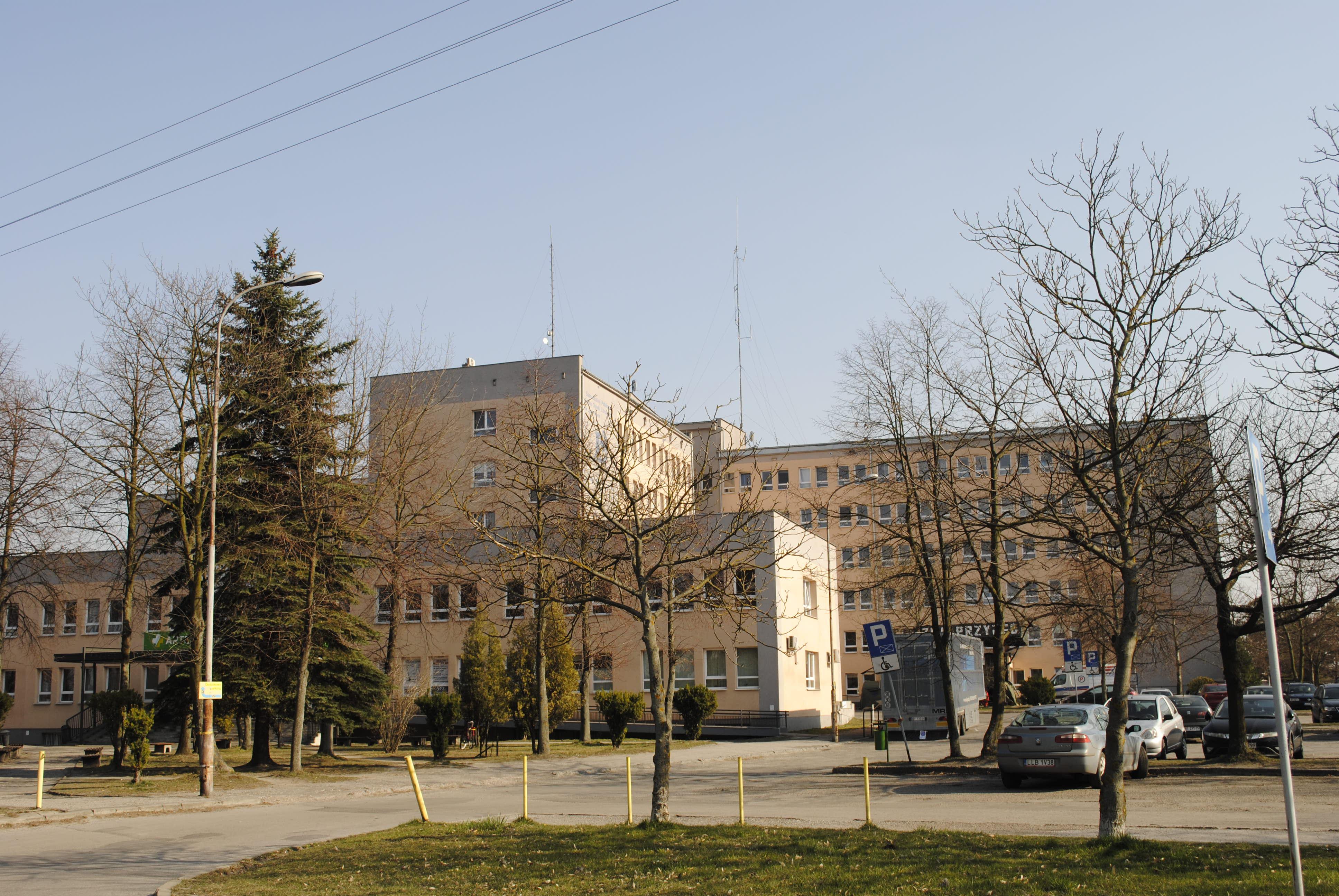 Szpital w Lubartowie pod kontrolą. Zewnętrznych firm i powiatowych radnych - Zdjęcie główne