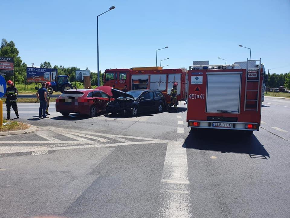 Zderzenie na obwodnicy Lubartowa, jedna osoba poszkodowana - Zdjęcie główne