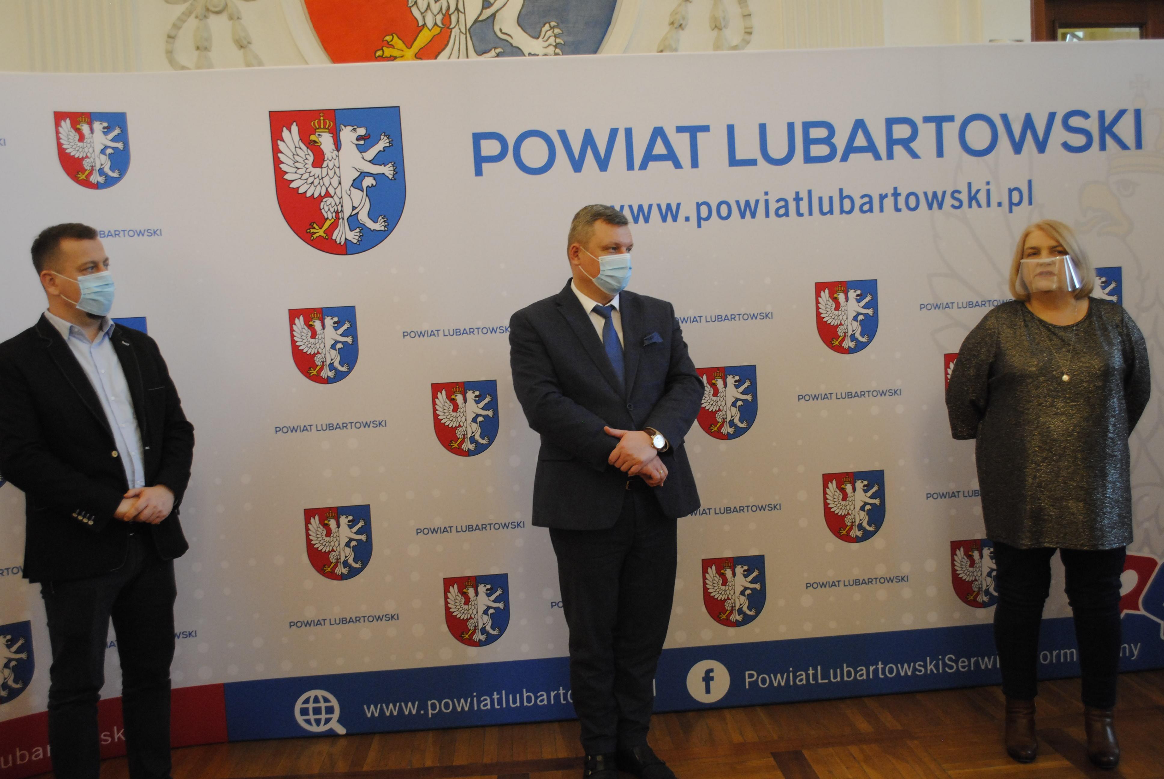 Starosta i wicewojewoda: gminy powiatu lubartowskiego gotowe do ataku zimy i szczepień na COVID - 19 - Zdjęcie główne