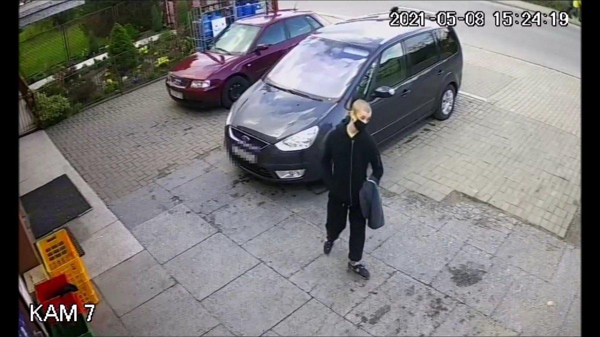 Lubartów: Wyrwał kobiecie torebkę i uciekł. Kto rozpoznaje sprawcę? - Zdjęcie główne