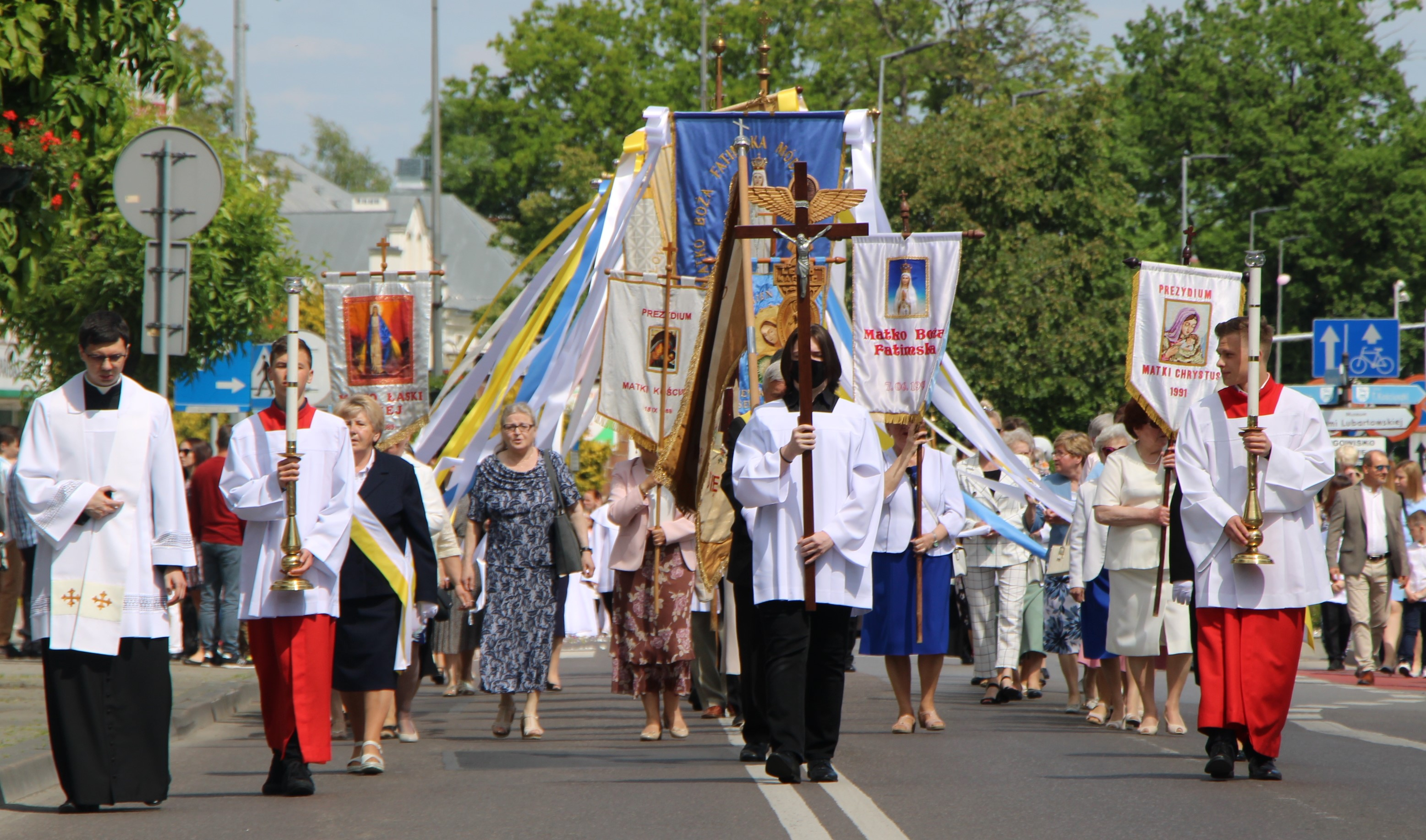Boże Ciało w Lubartowie. Tysiące wiernych na procesji - Zdjęcie główne