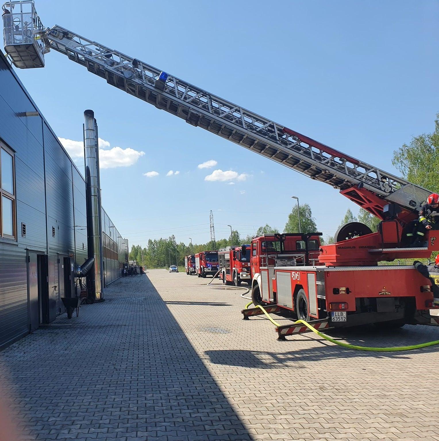 Lubartów: pożar w FERNO - Zdjęcie główne