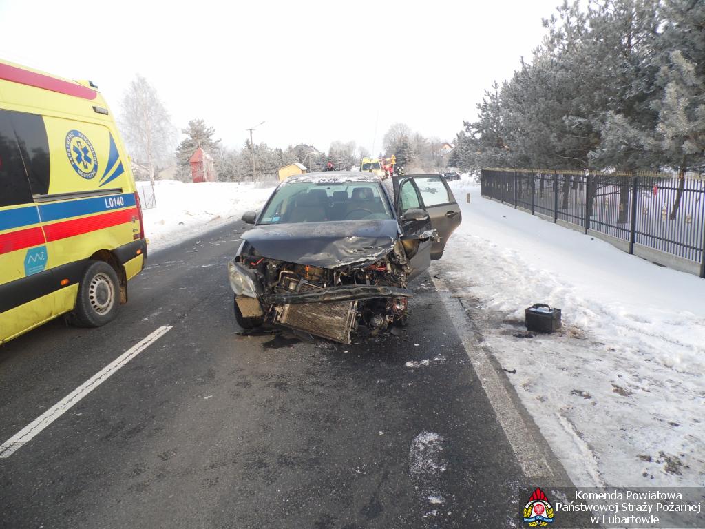 Zderzenie w Wólce Rokickiej, kierowca VW miał 1,5 promila (Aktualizacja, zdjęcia) - Zdjęcie główne