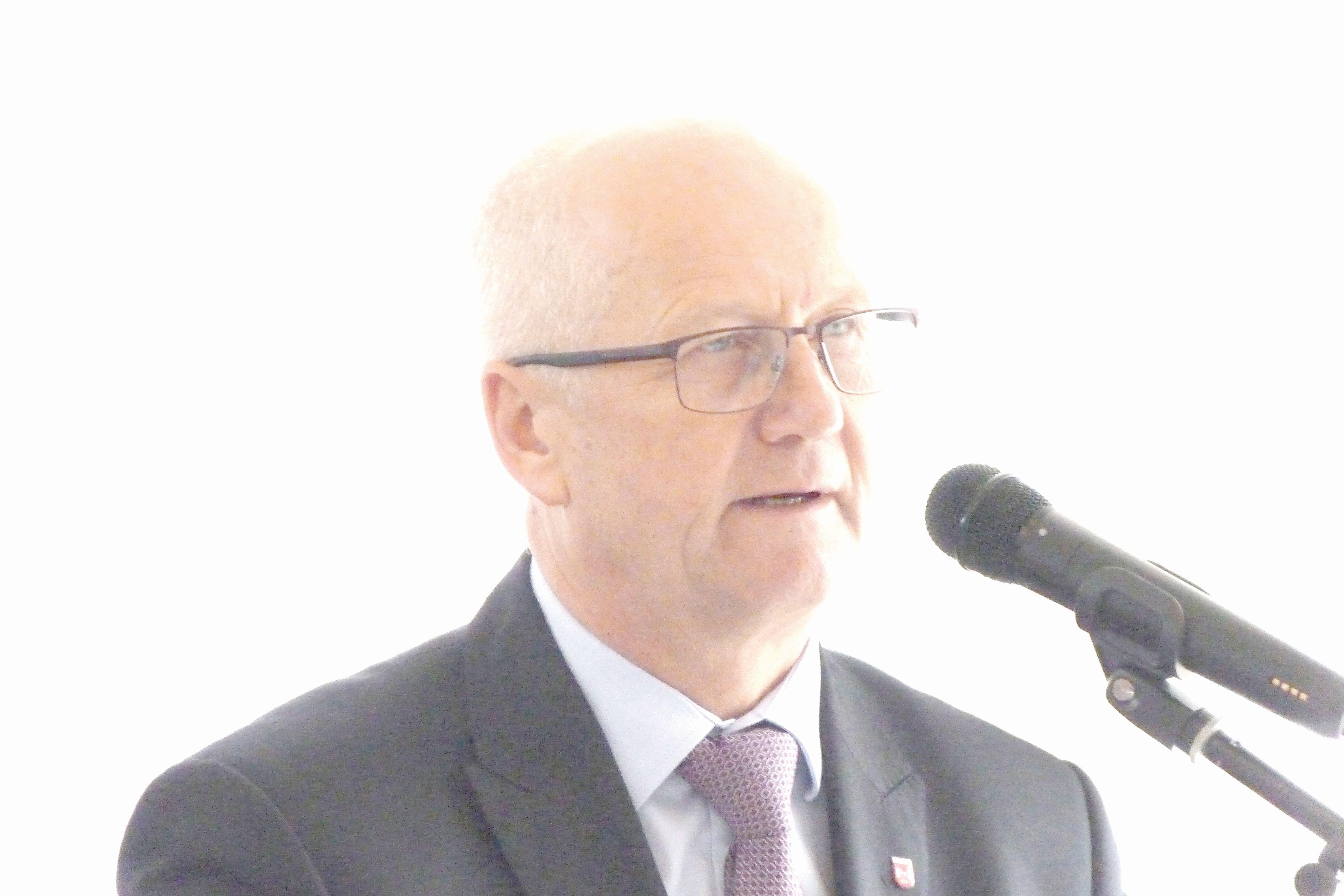 Gmina Kock: Burmistrz Tomasz Futera bez wotum zaufania - Zdjęcie główne