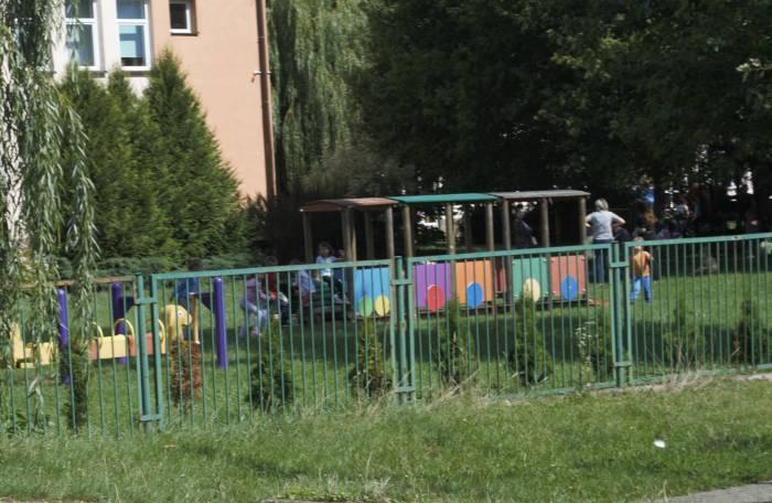 Przedszkolaki płakały przez gaz łzawiący. Interweniowała policja i straż pożarna - Zdjęcie główne