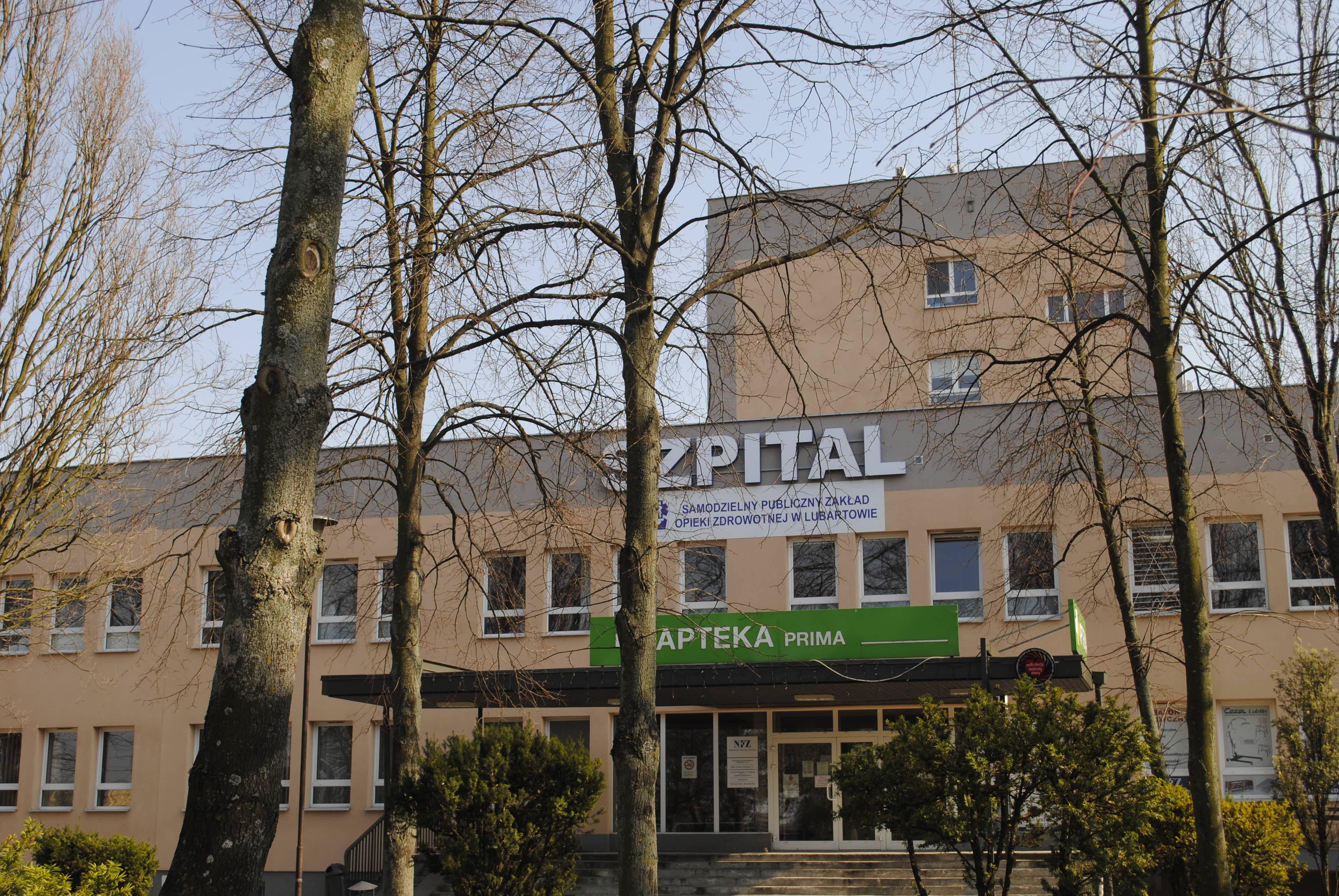 Koronawirus w lubartowskim szpitalu. Przyjęcia na oddział wewnętrzny wstrzymane - Zdjęcie główne