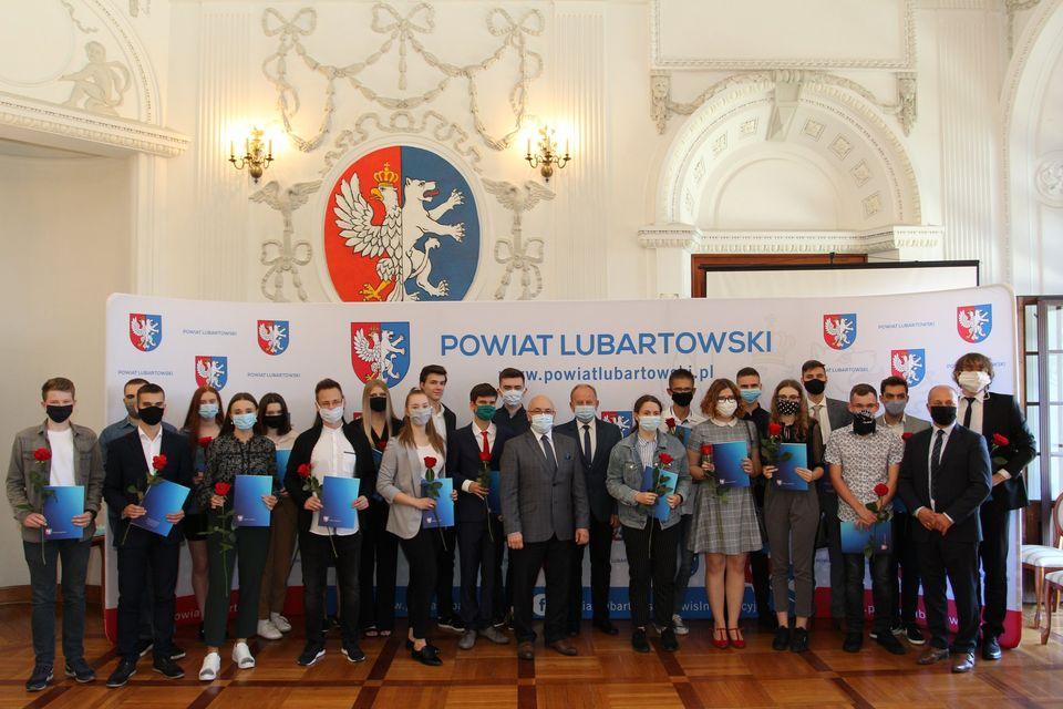 Stypendia starosty lubartowskiego za wyniki w nauce - Zdjęcie główne