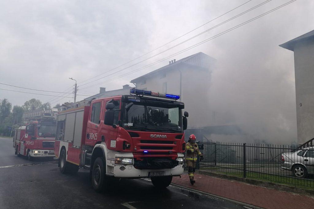 Pożar wybuchł przy ładowaniu się akumulatora - Zdjęcie główne