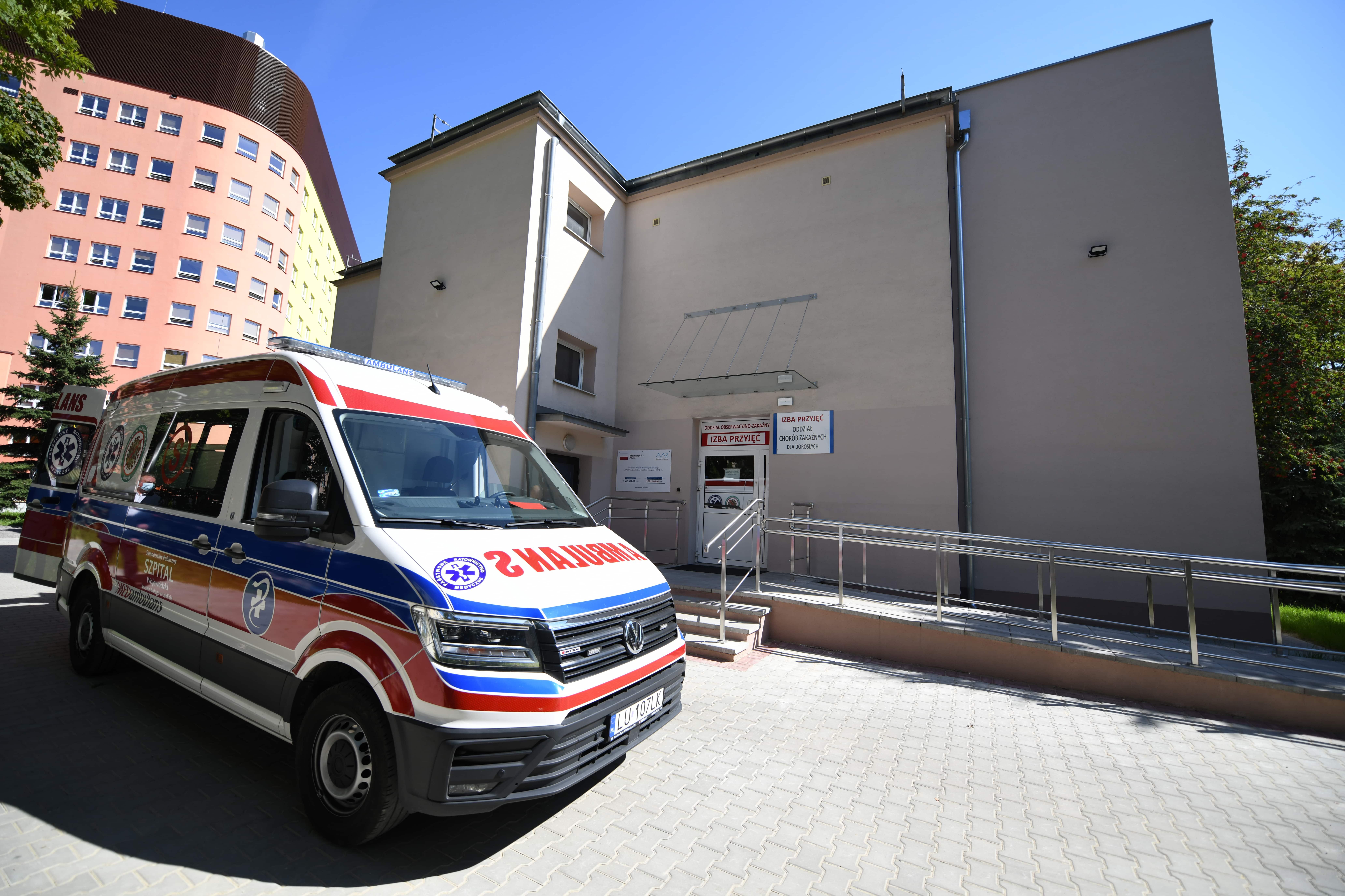 Lublin: Szpital przy ul. Biernackiego ma już windę. Ma ułatwić funkcjonowanie pacjentom i personelowi - Zdjęcie główne