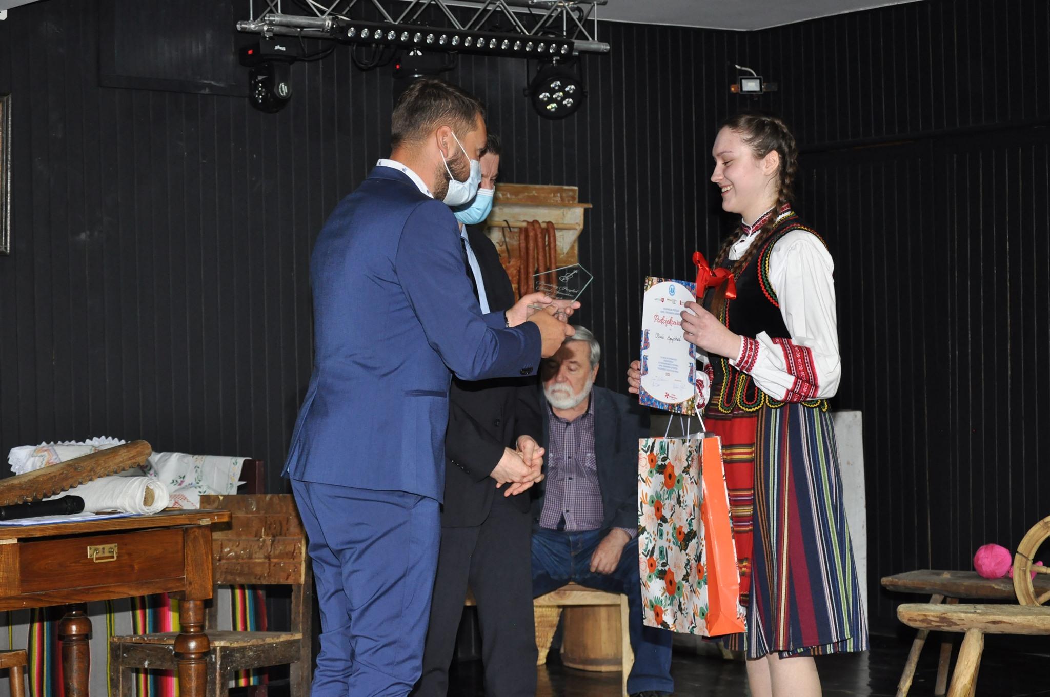 Będą reprezentować powiat na wojewódzkich eliminacjach do Festiwalu Kapel i Śpiewaków Ludowych (ZDJĘCIA) - Zdjęcie główne