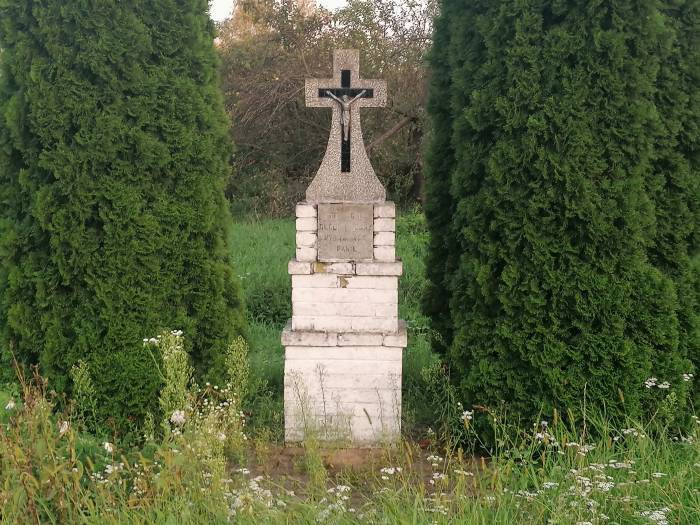 Stare przydrożne krzyże czekają na remont - Zdjęcie główne