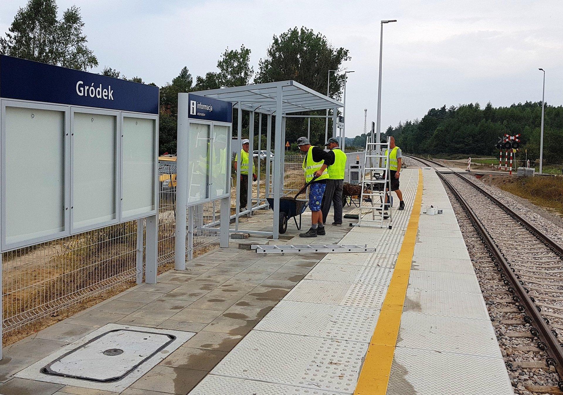 Przebudowa linii kolejowej Parczew-Lubartów. Prace są zaawansowane  - Zdjęcie główne