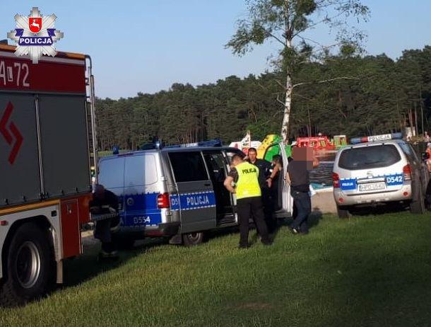 Gmina Dębowa Kłoda: zwłoki młodego mężczyzny wyłowiono z Jeziora Bialskiego  - Zdjęcie główne