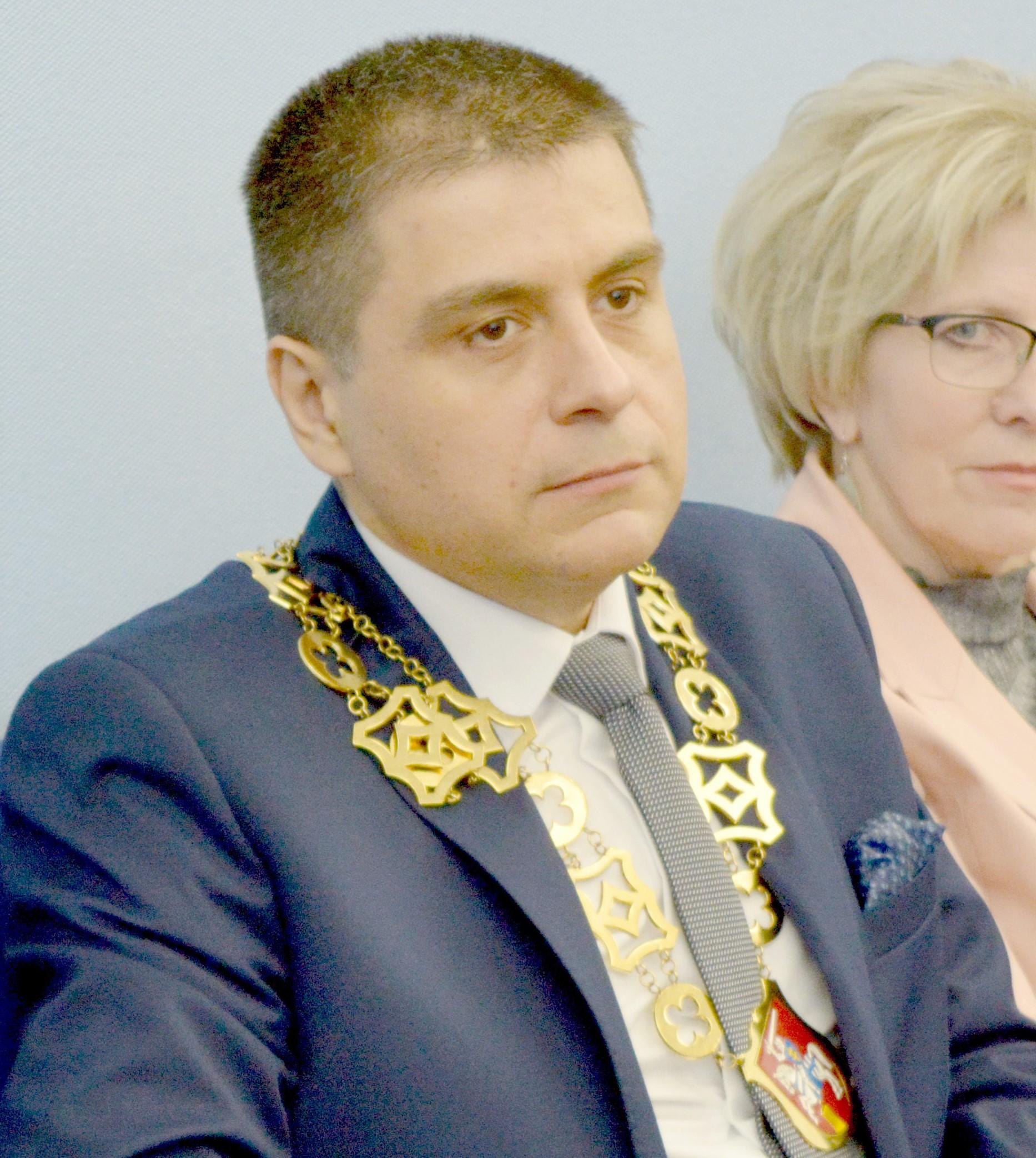 Prezydent Puław drugi raz bez wotum zaufania i absolutorium - Zdjęcie główne