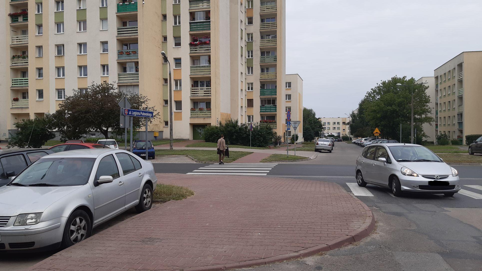 Radny chciał ostrzegać pieszych, urząd nie widzi potrzeby - Zdjęcie główne