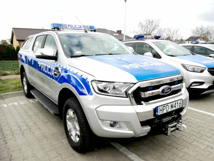 Radzyń Podlaski: zderzenie dwóch aut, jeden z kierowców uciekł - Zdjęcie główne