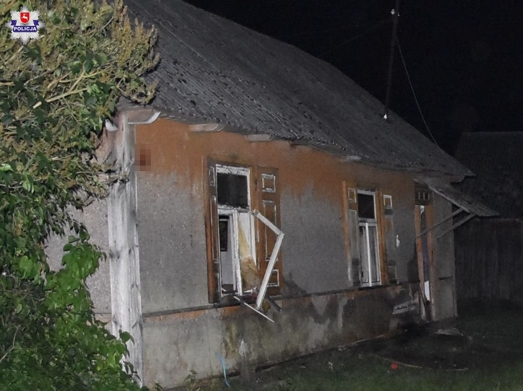 Pożar domu w Olszewnicy. W środku zwłoki - Zdjęcie główne