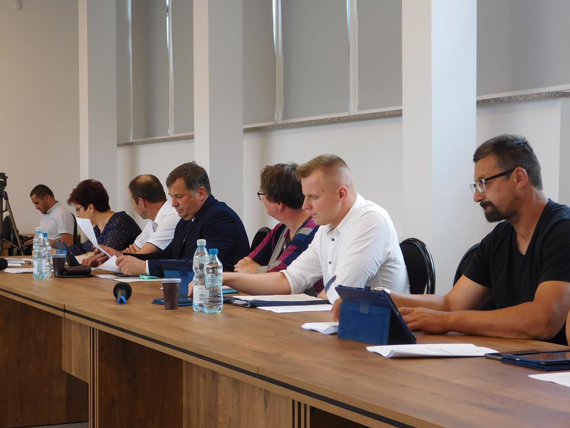 Jutro stacjonarna i wyjazdowa sesja Rady Gminy Radzyń - Zdjęcie główne