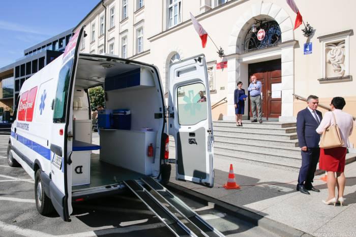Szczepieniobus przyjedzie do Czemiernik i Wohynia - Zdjęcie główne