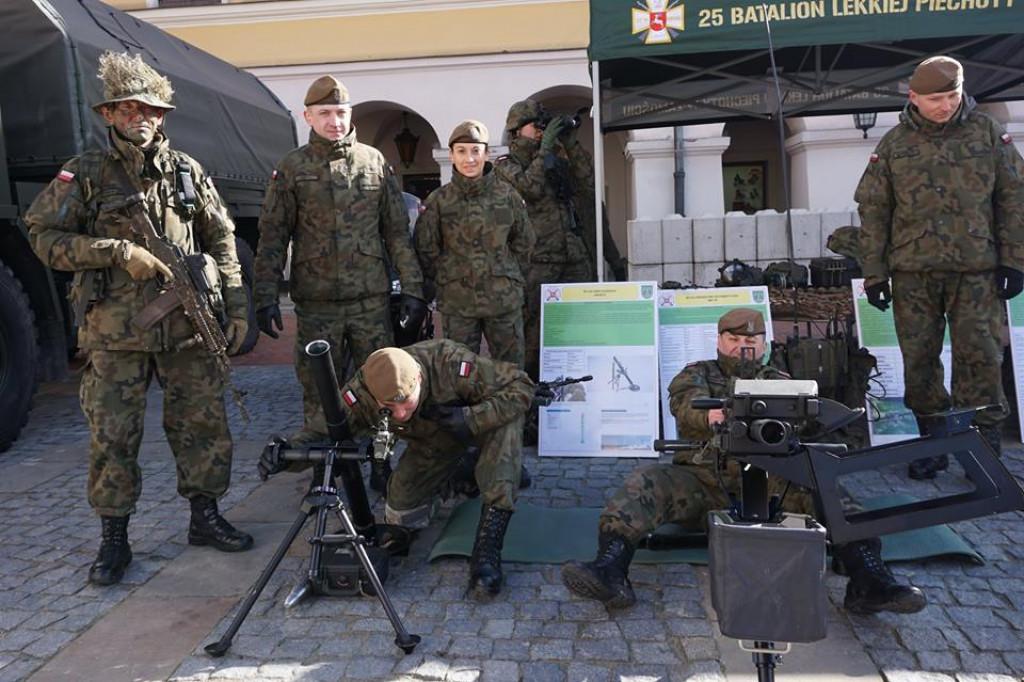 22.08 piknik wojskowy przeniesiony do Międzyrzeca - Zdjęcie główne