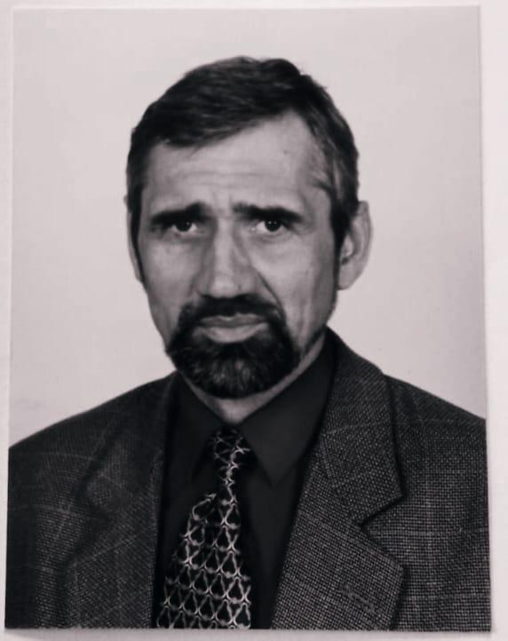 """Zmarł Jacek Belniak, były dyrektor szkoły w Suchowoli. """"Był bardzo ciepłym człowiekiem i świetnym kolegą"""" - Zdjęcie główne"""