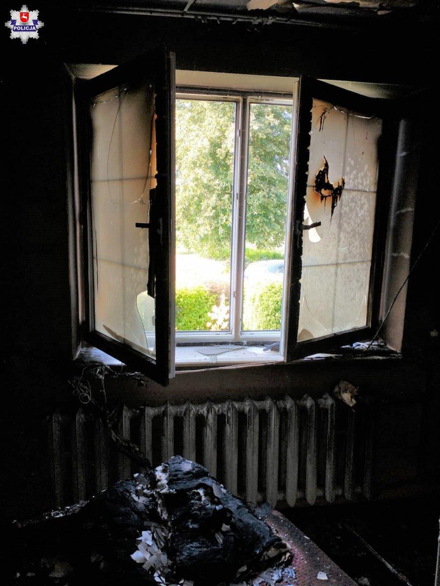 Pożar domu w gminie Kąkolewnica. 84-latkowie trafili do szpitala - Zdjęcie główne