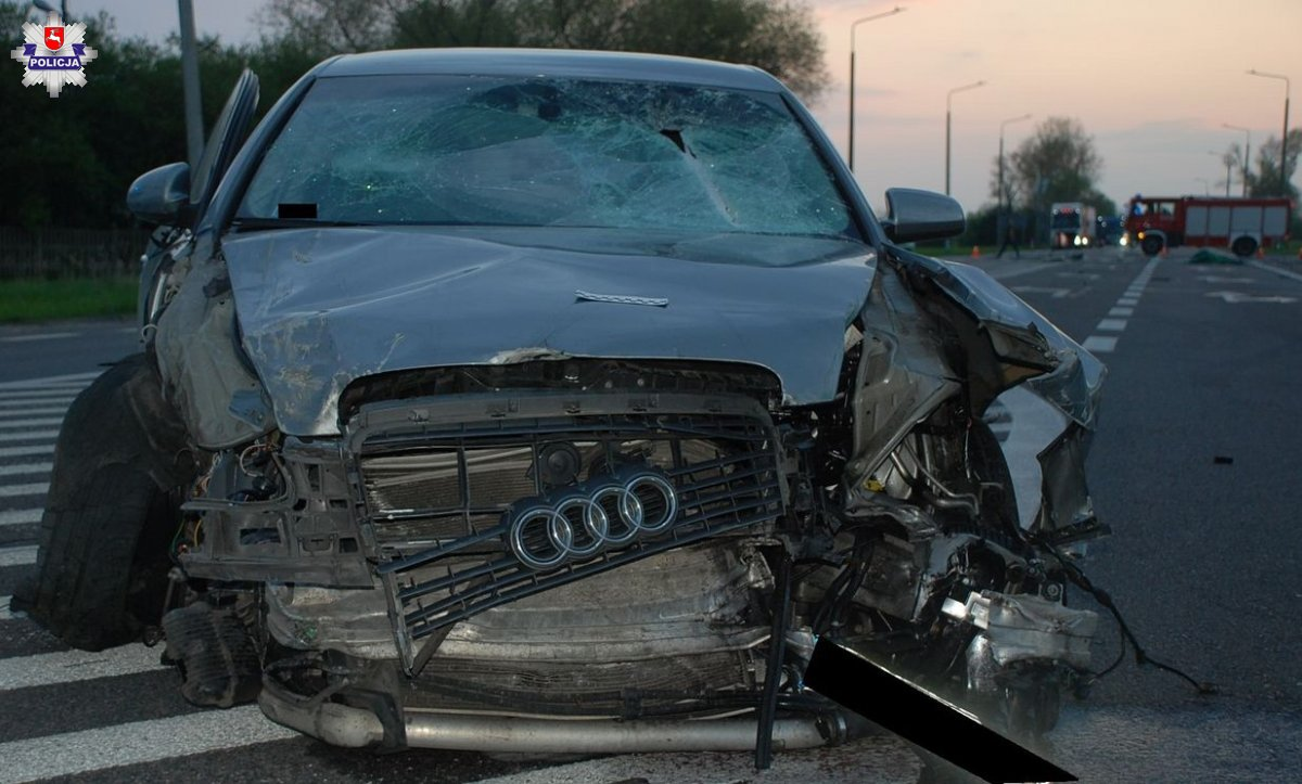 Radzyń: Skręcając w lewo doprowadził do wypadku. Dwie osoby trafiły do szpitala - Zdjęcie główne