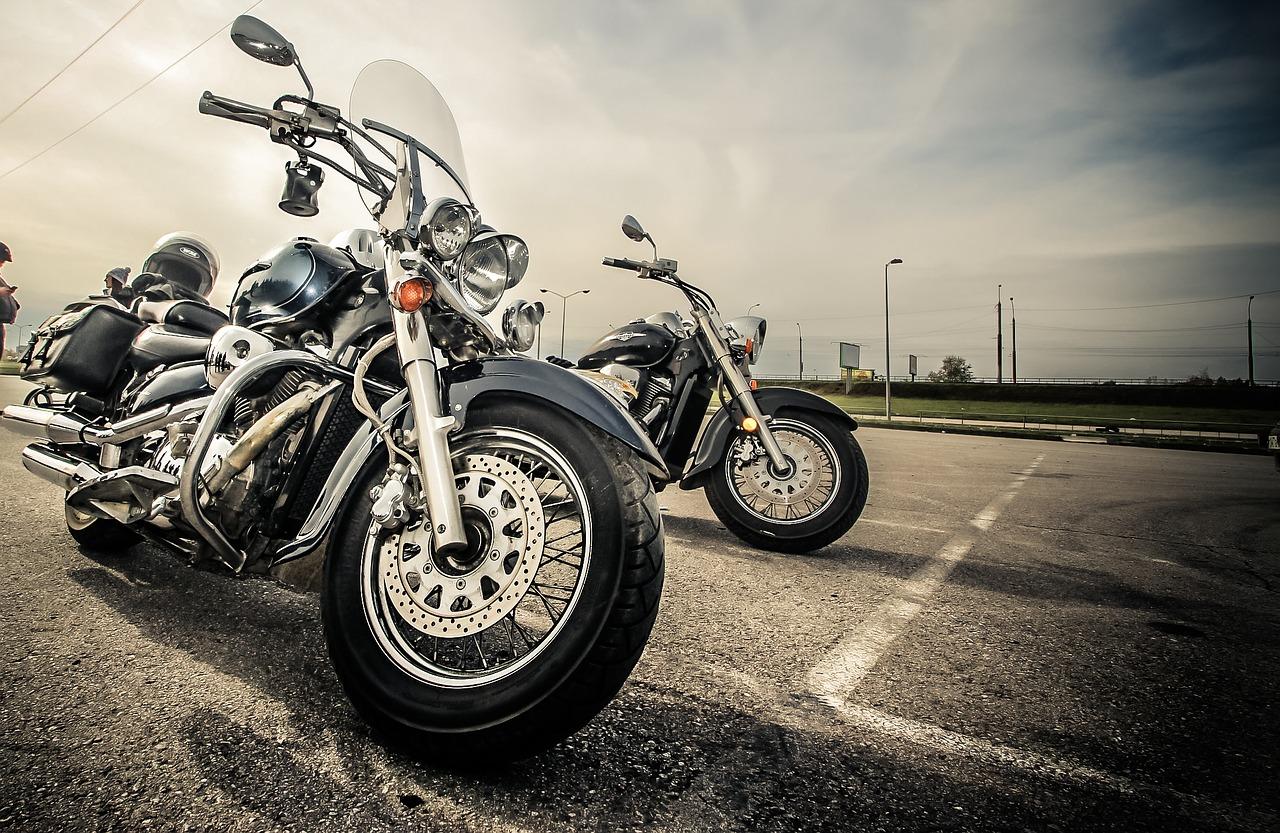 Ubezpieczenia komunikacyjne motocykla – co warto wiedzieć? - Zdjęcie główne