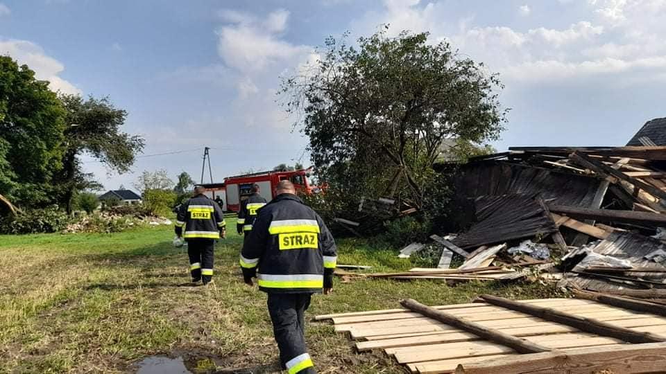 POWIAT ŁUKOWSKI. Huragan nad Okrzeją. Zniszczone dom i uprawy. Zrozpaczeni ludzie (WIDEO + ZDJĘCIA) - Zdjęcie główne
