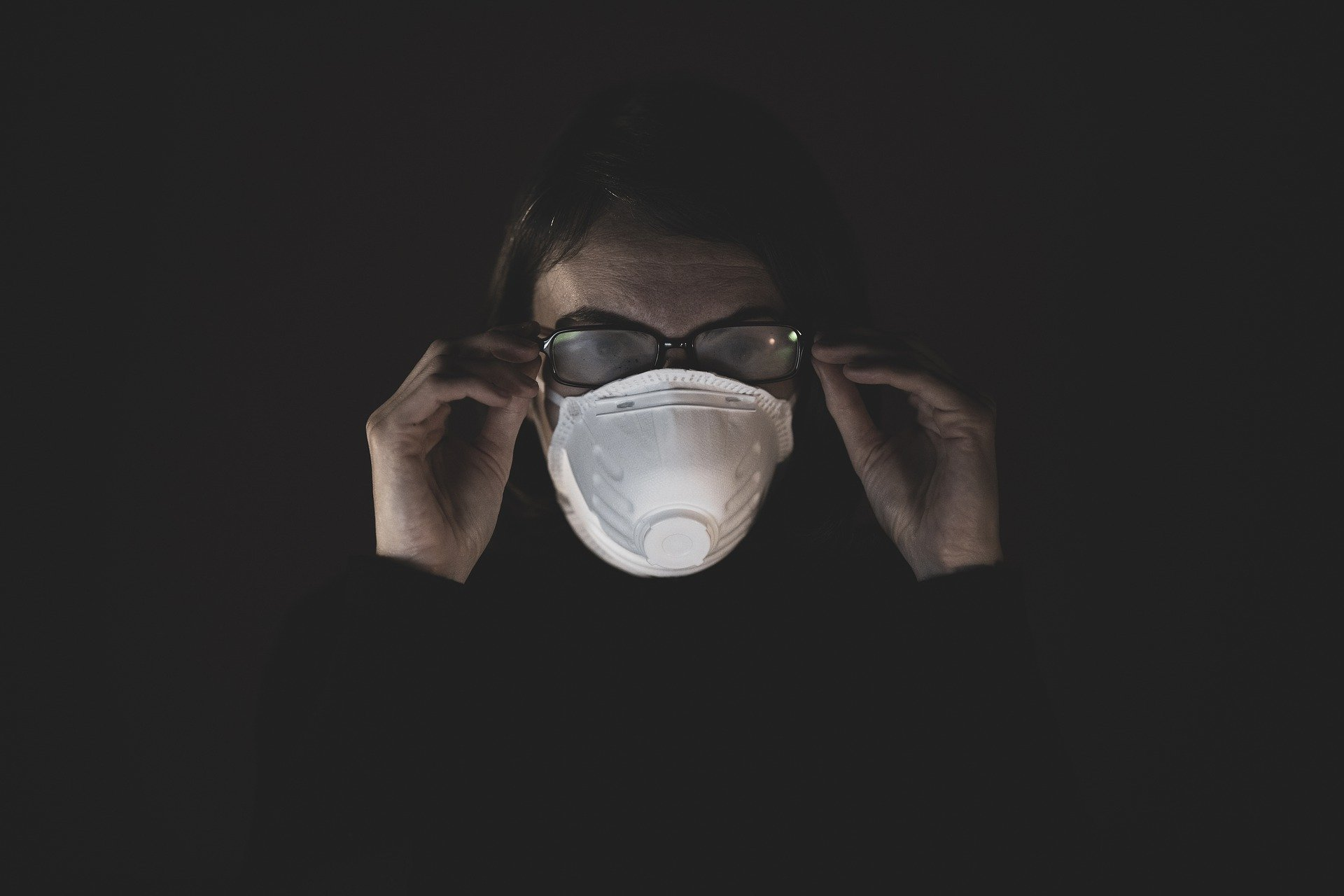 Koronawirus: ponad czterysta zakażeń w woj. lubelskim, prawie dziesięć tys. w kraju - Zdjęcie główne