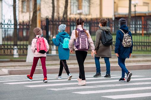 Lublin: Nie przebudują drogi do szkoły przy ul. Bursztynowej - Zdjęcie główne