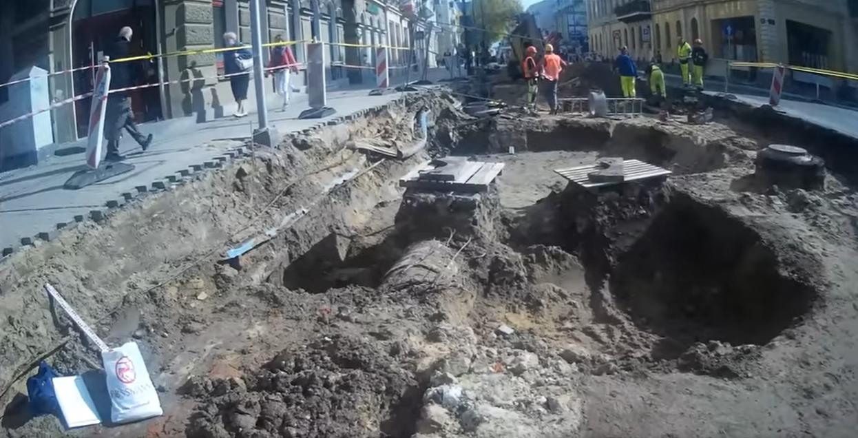 Kolejne archeologiczne odkrycie na Al. Racławickich. Tym razem to dawna, miejska brama Lublina - Zdjęcie główne