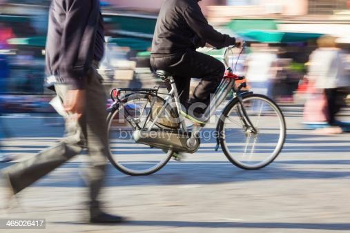 Dziesiąta. Rada Dzielnicy ma pomysły jak poprawić ruch pieszy i rowerowy - Zdjęcie główne