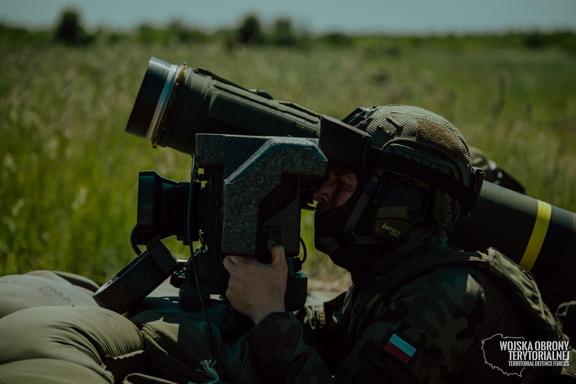 Województwo lubelskie: terytorialsi przeszli kolejne szkolenie. Chodzi o strzelanie z systemu JAVELIN - Zdjęcie główne