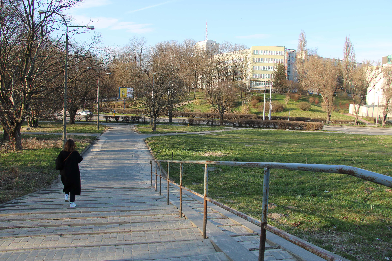 Rury. Miasto poprawi chodniki przy ul. Chrobrego i akademiku UMCS - Zdjęcie główne