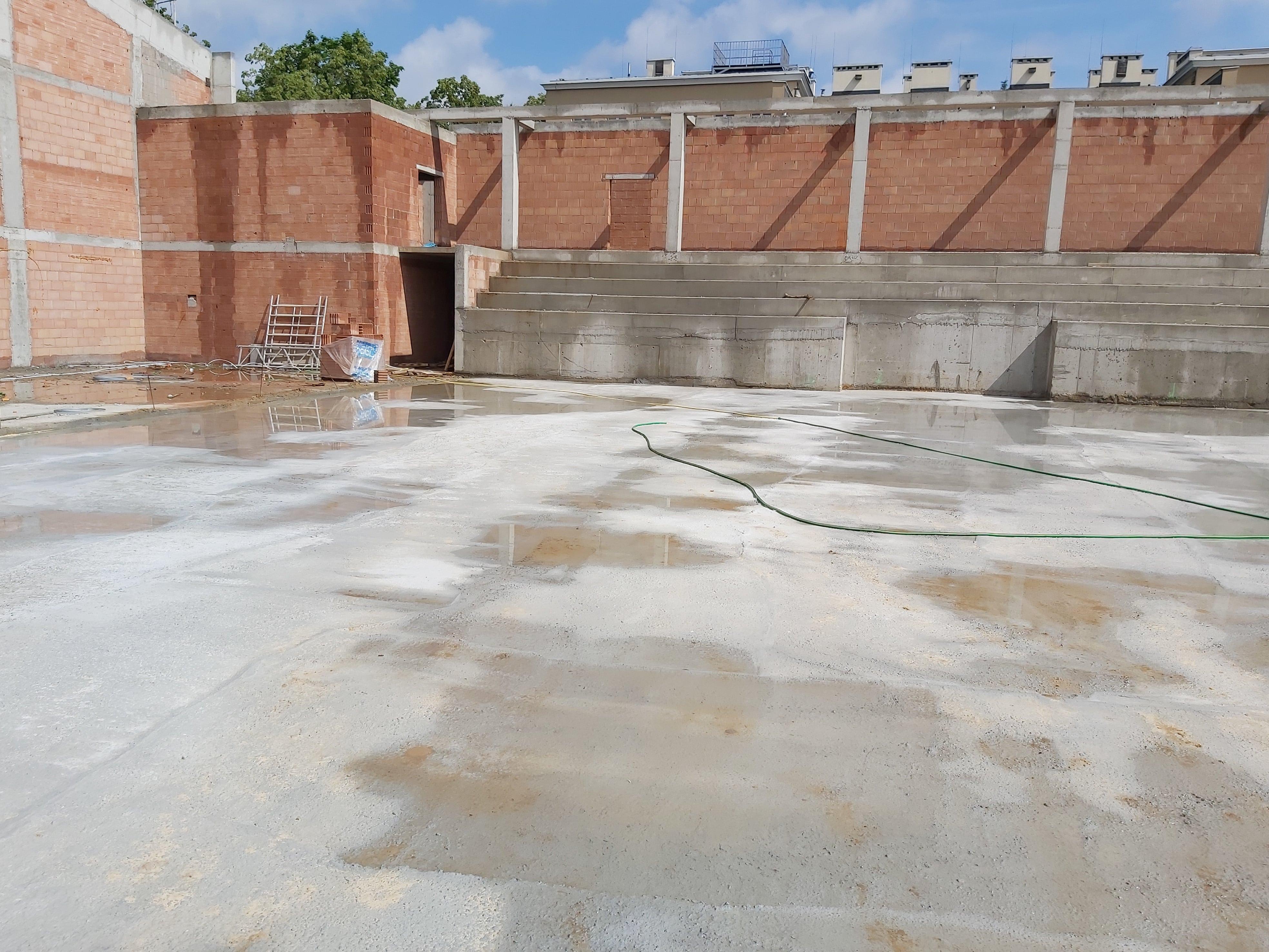Lublin: budowa hali sportowej przy liceum Staszica. Niedługo będzie montowany dach - Zdjęcie główne