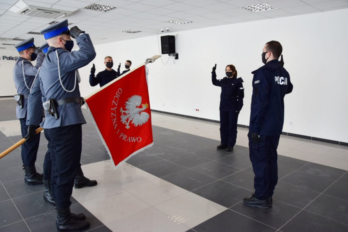 Nowi policjanci w Lublinie. Złożyli uroczyste ślubowanie - Zdjęcie główne
