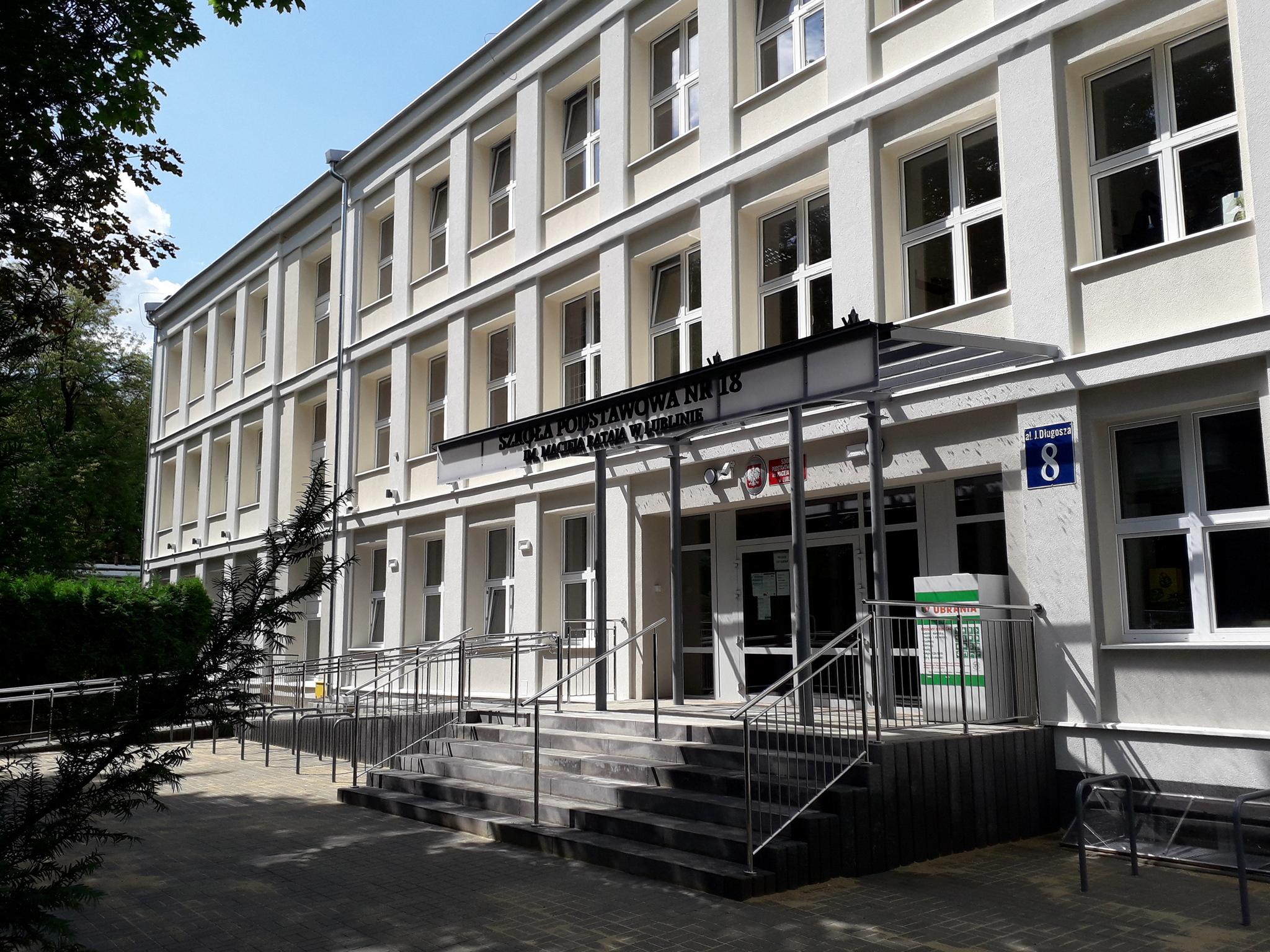 Lublin: Koniec remontu Szkoły Podstawowej nr 18 - Zdjęcie główne