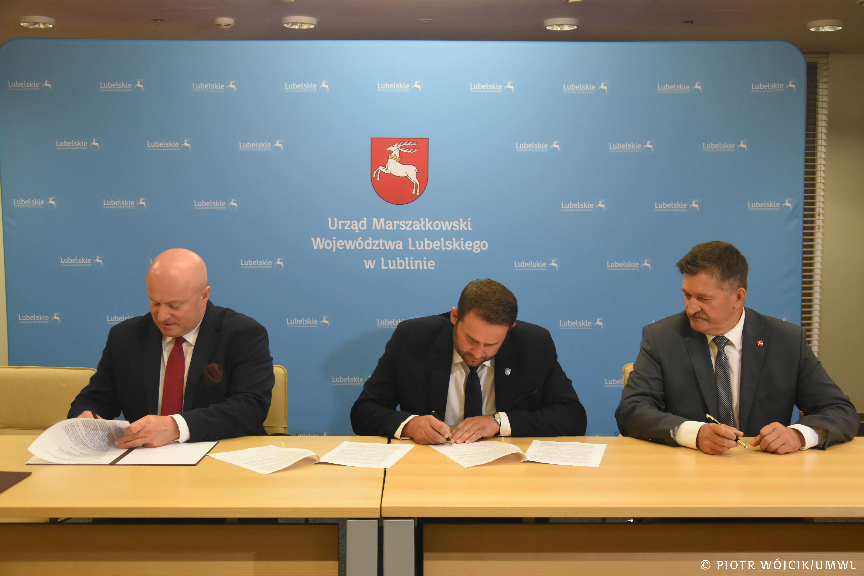 Województwo lubelskie: Gminy dostaną pieniądze na drogi - Zdjęcie główne