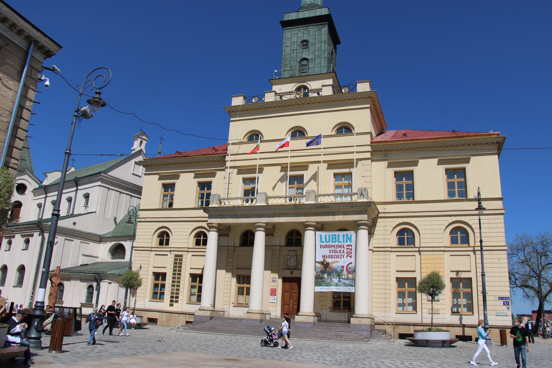 Lublin: Mieszkańcy chcą z powrotem Biuro Obsługi Mieszkańców w Ratuszu - Zdjęcie główne