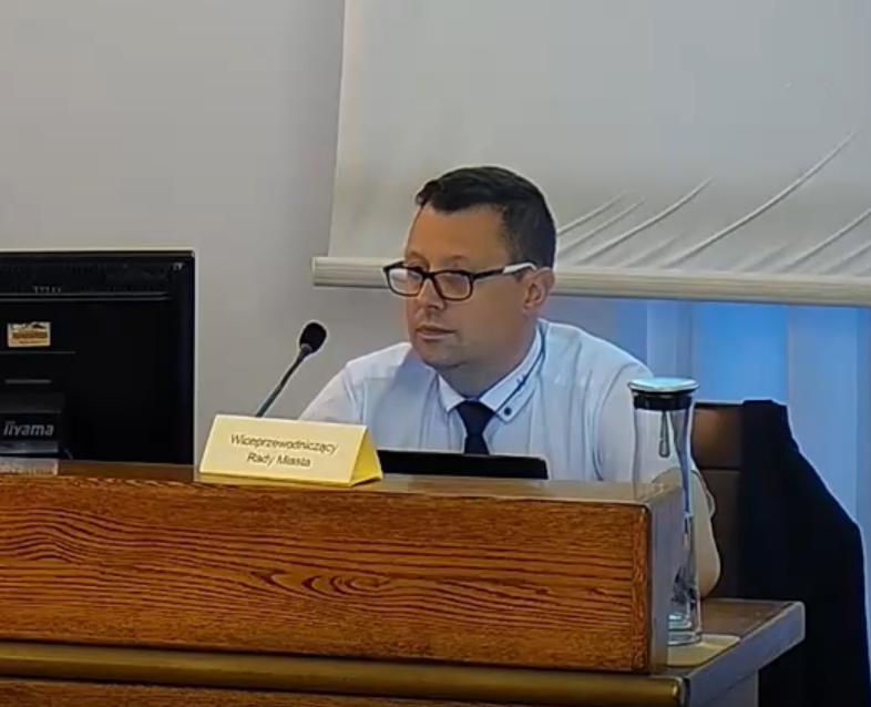 Wiceprzewodniczący Rady Miasta Lublin - Marcin Nowak apeluje o oświetlenie Al. Racławickich - Zdjęcie główne