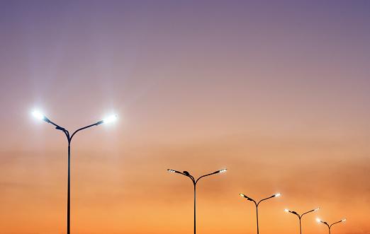 Trzy latarnie na lubelskim Czechowie wymagają modernizacji. Zauważył to radny Brzozowski - Zdjęcie główne